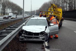 Autosloperij Gorinchem verwerkt schadeauto's die opgehaald zijn vanaf de snelweg A15 of A27