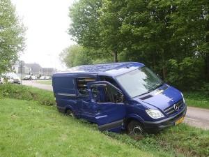 Autosloperij Groningen gaat een schadeauto ophalen